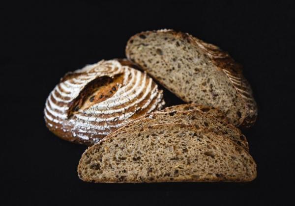 Žitno-pšeničný chléb